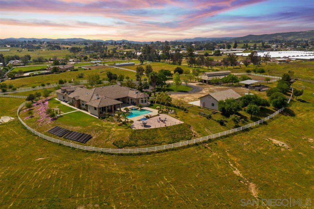 Photo of 1013 Elm St, Ramona, CA 92065 (MLS # 200020908)