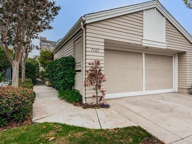 Photo of 7107 Lantana Terrace, Carlsbad, CA 92011 (MLS # NDP2108909)