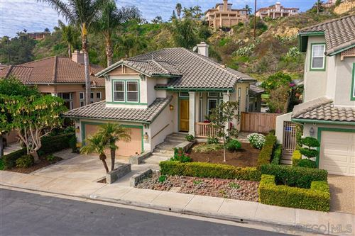 Photo of 15814 Caminito Cantaras, Del Mar, CA 92014 (MLS # 200008910)