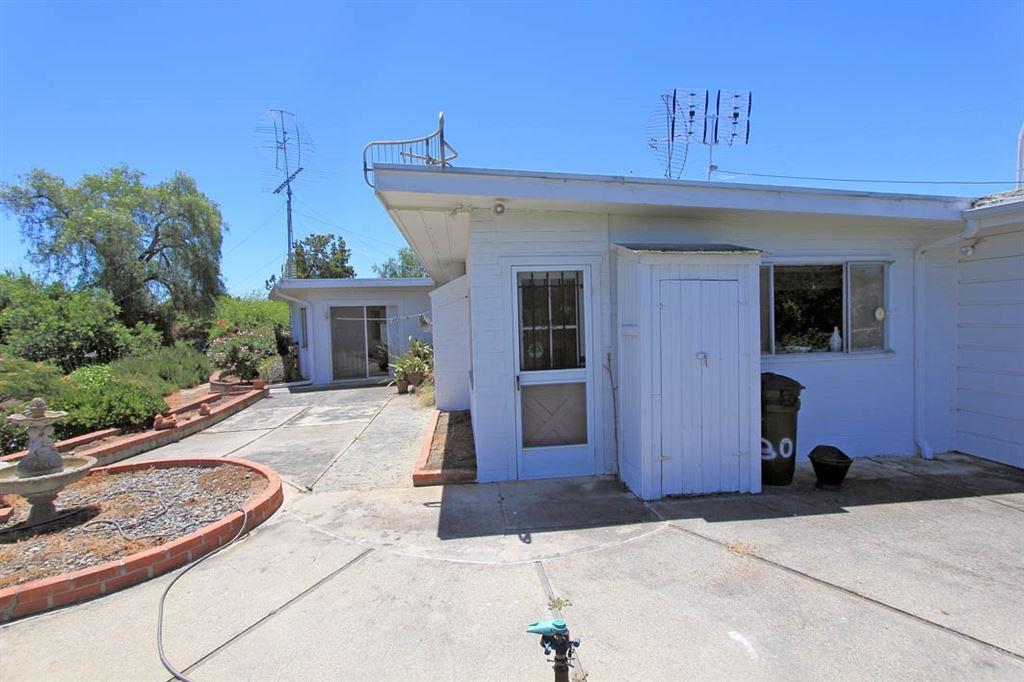 Photo of 630 Cortez Ave, Vista, CA 92084 (MLS # 200029920)