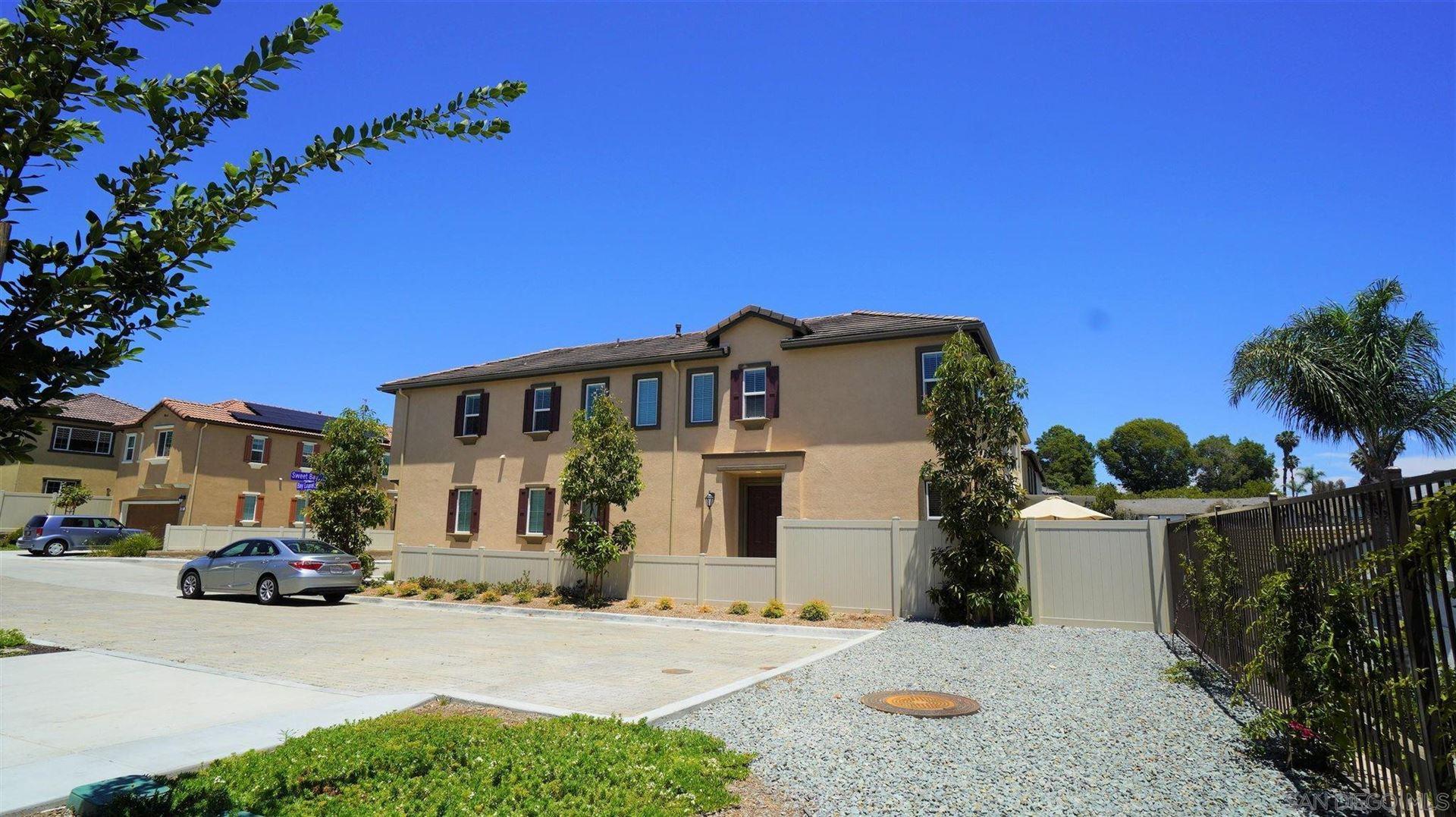 Photo of 232 Sweet Bay Ct, Vista, CA 92083 (MLS # 210015926)
