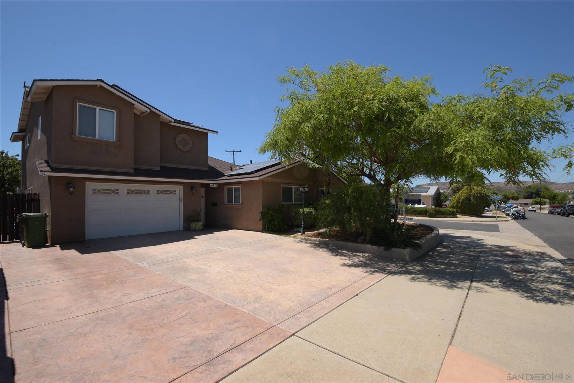 Photo of 8033 AZURE VIEW, SANTEE, CA 92071 (MLS # 210015928)