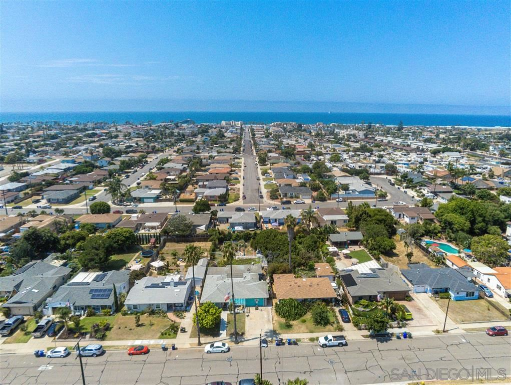 Photo of 816 5Th St, Imperial Beach, CA 91932 (MLS # 200041930)