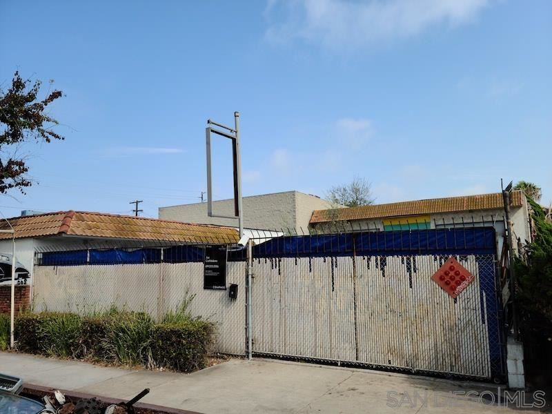 Photo of 220 W 14th, National City, CA 91950 (MLS # 210019930)