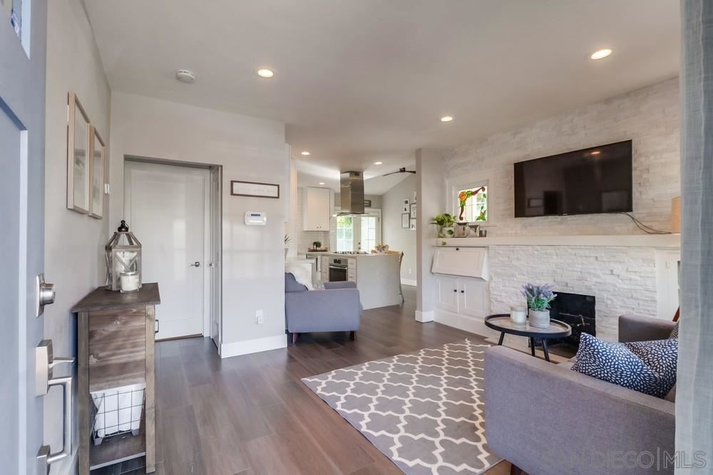 Photo for 4421 37th St, San Diego, CA 92116 (MLS # 200041936)