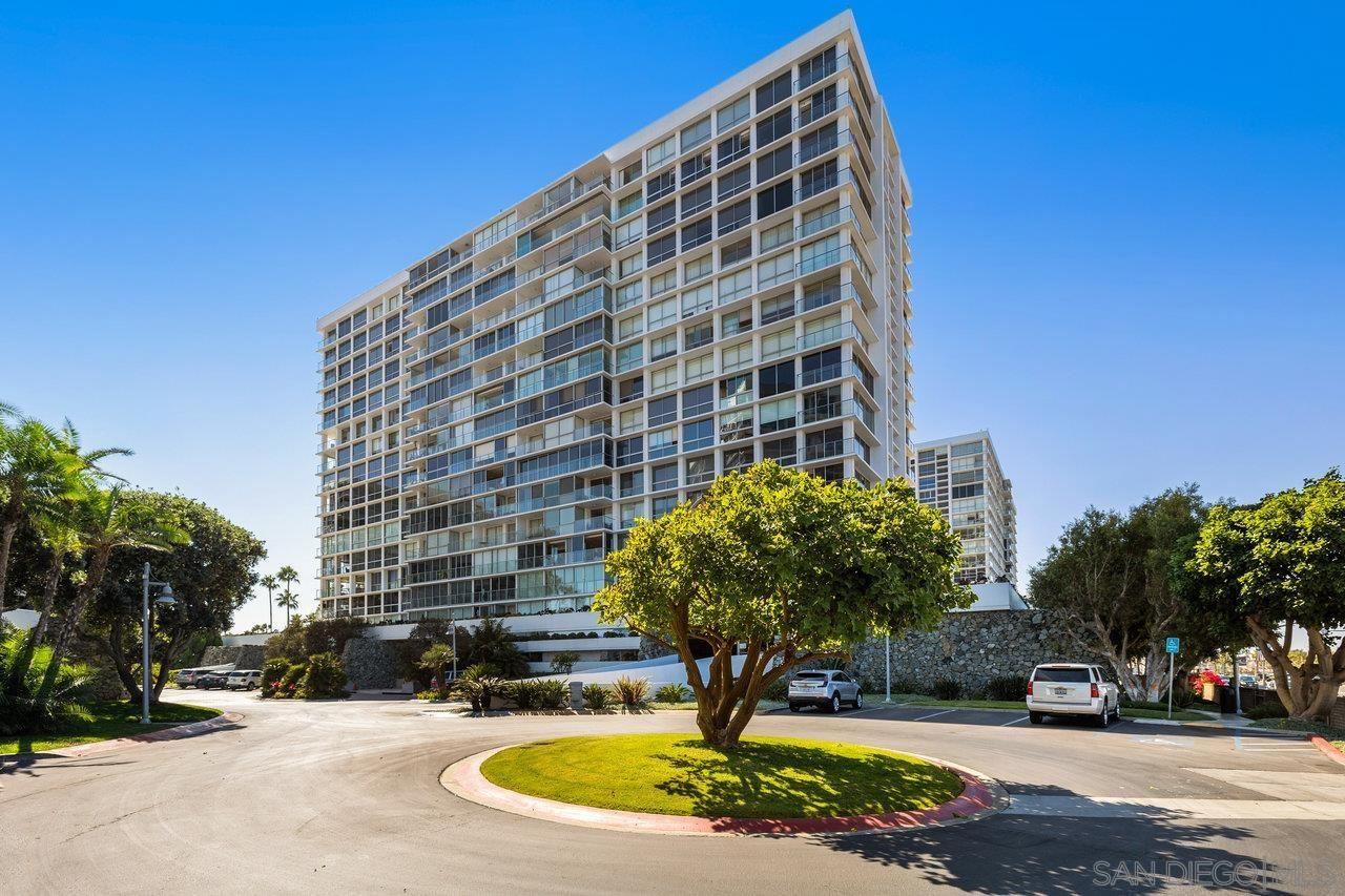 Photo of 1810 Avenida Del Mundo #706, Coronado, CA 92118 (MLS # 210024941)