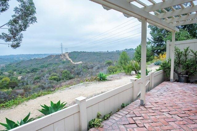 Photo of 215 Fairlee Lane, Encinitas, CA 92024 (MLS # NDP2108942)