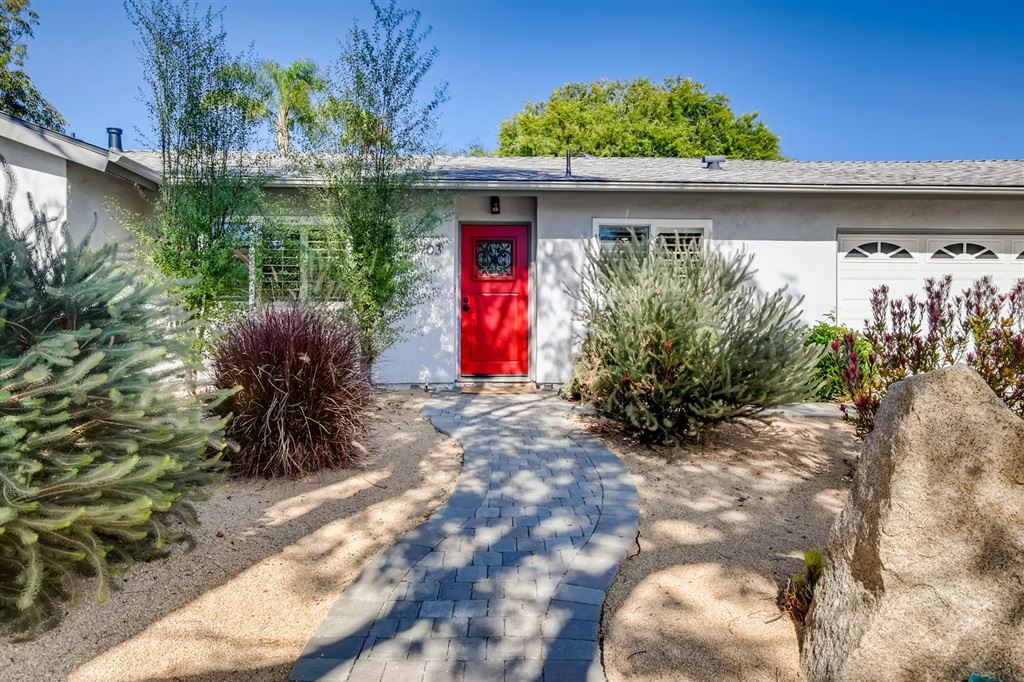Photo of 1703 Dora Dr, Cardiff By The Sea, CA 92007 (MLS # 200030943)