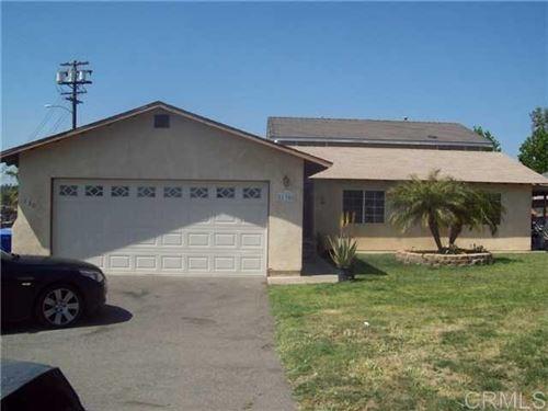 Photo of 130 The Circle, Vista, CA 92084 (MLS # 200030945)
