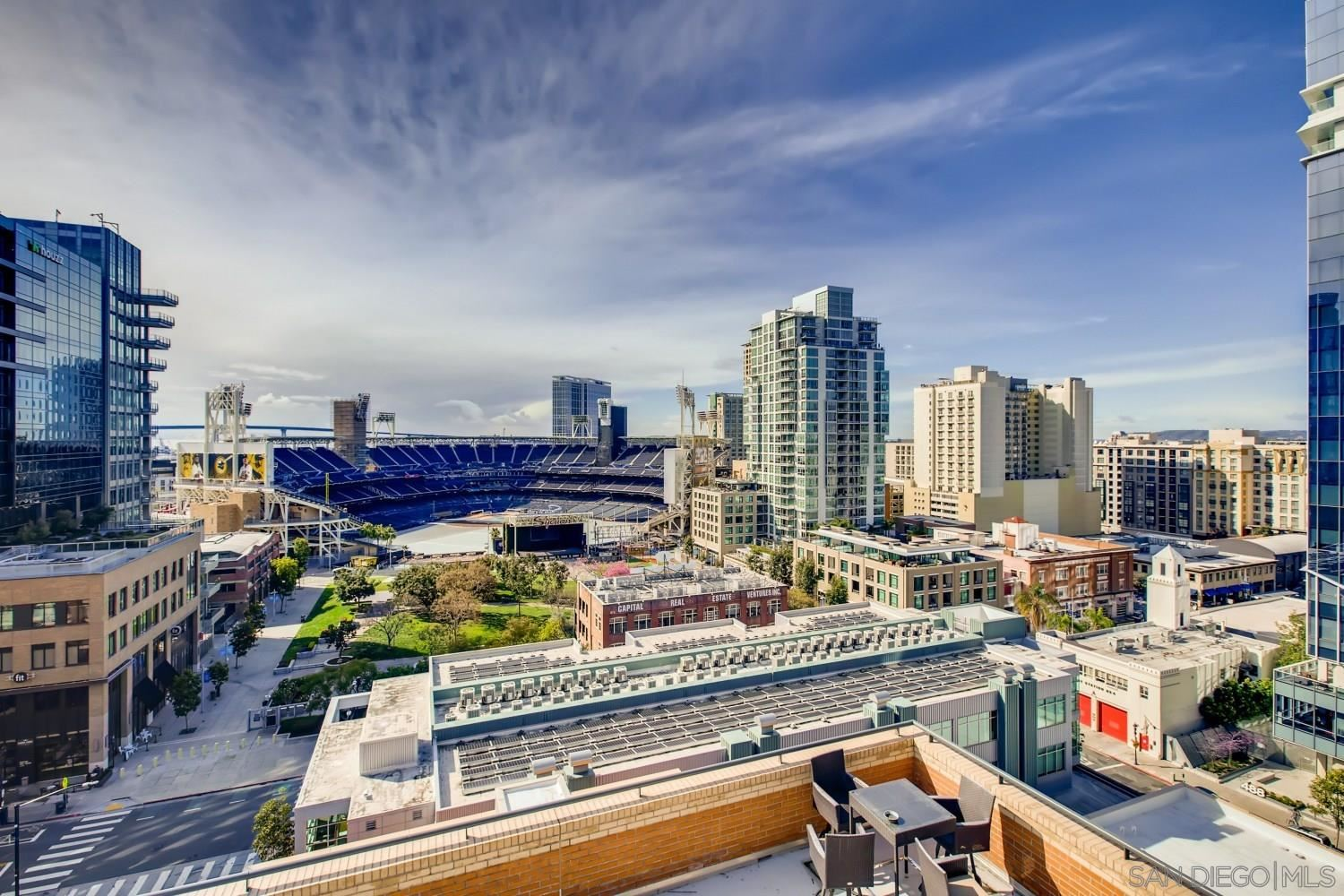 Photo for 877 Island Ave #1004, San Diego, CA 92101 (MLS # 210006946)