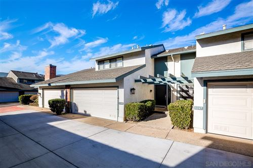Photo of 3249 Caminito Ameca, La Jolla, CA 92037 (MLS # 210000950)