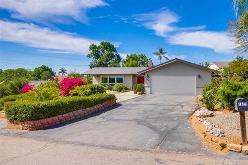 Photo of 1621 Palomino Lane, Escondido, CA 92025 (MLS # NDP2104954)