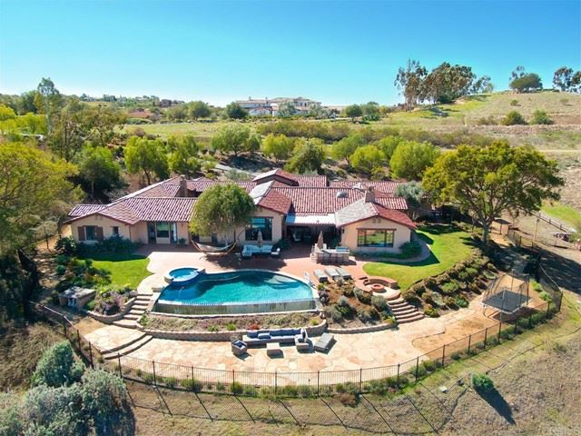 Photo for 8238 Run Of The Knolls, San Diego, CA 92127 (MLS # NDP2101954)