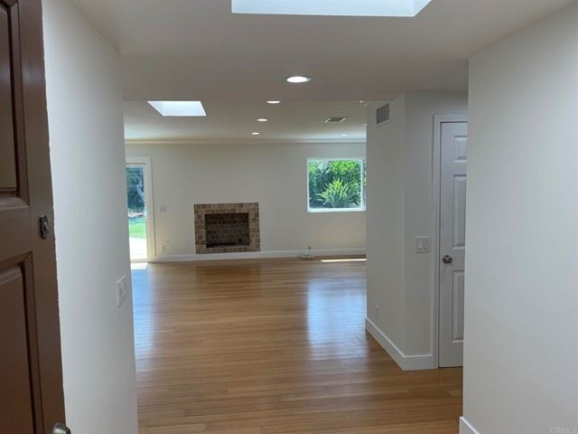 Photo of 181 N Kanan Road #2, Oak Park, CA 91377 (MLS # NDP2108954)