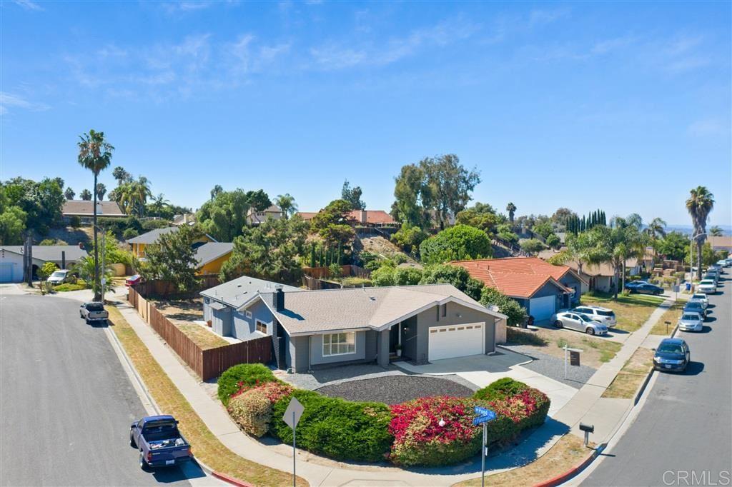 Photo of 1704 Panorama, Vista, CA 92081 (MLS # 200030955)
