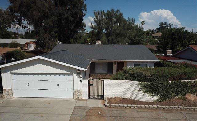 Photo of 929 Santa Margarita Drive, Fallbrook, CA 92028 (MLS # NDP2108957)