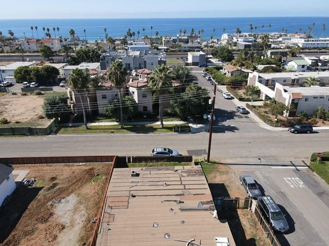 Photo of 1002 S Tremont, Oceanside, CA 92054 (MLS # NDP2111959)