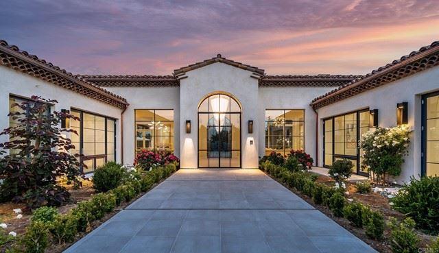 Photo of 5801 Lago Lindo, Rancho Santa Fe, CA 92067 (MLS # NDP2108960)