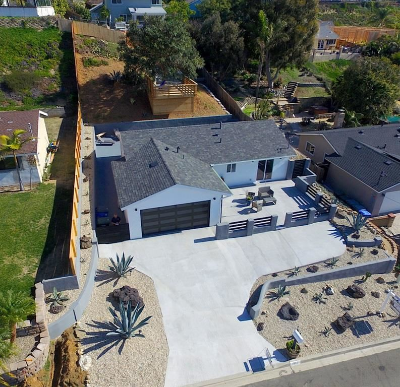 Photo of 1867 Playa Riviera, Cardiff by the Sea, CA 92007 (MLS # 190065961)