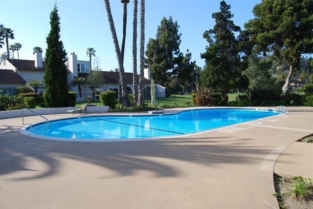 Photo of 211 Via Osuna, Rancho Santa Fe, CA 92091 (MLS # NDP2106961)