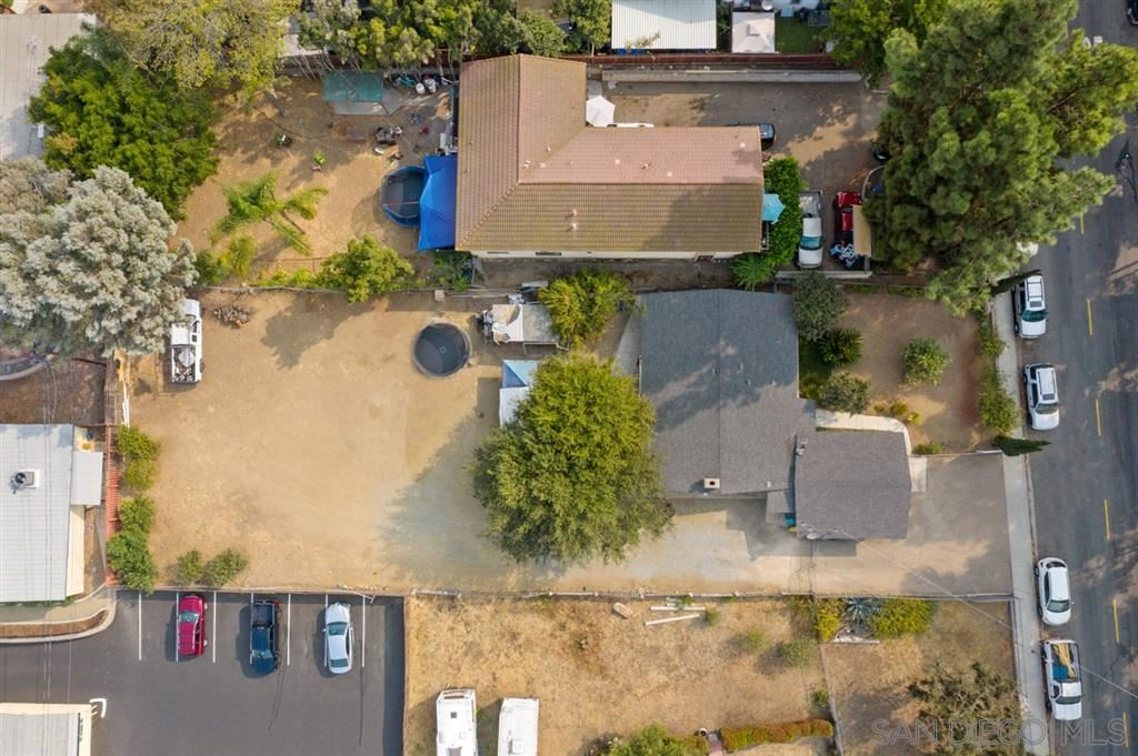 Photo of 845 Avenida De Benito Juarez, Vista, CA 92083 (MLS # 200043970)