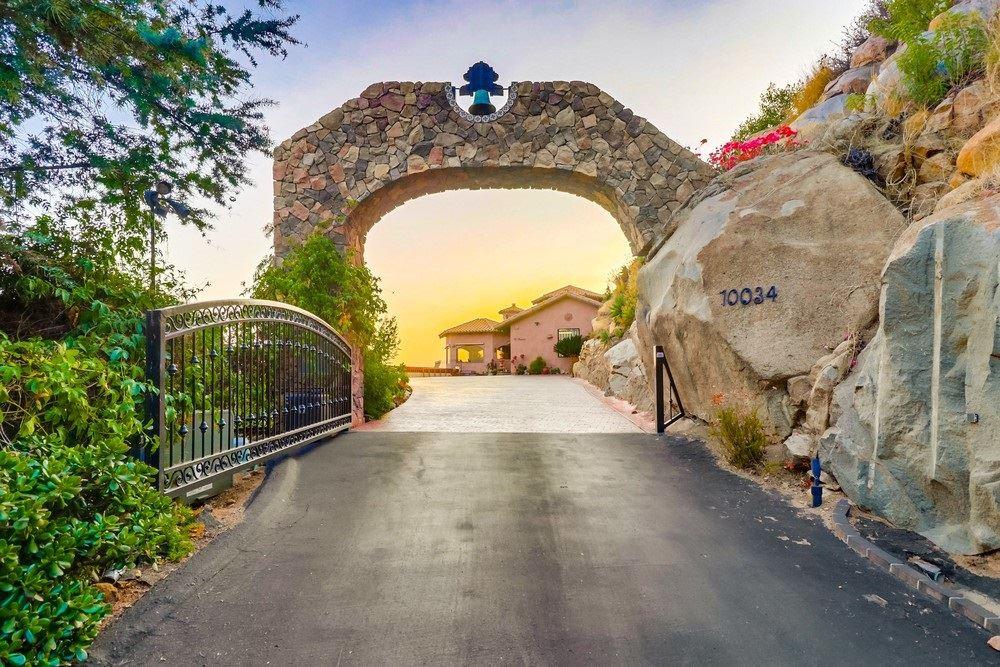 Photo of 10034 Heavenly Way, La Mesa, CA 91941 (MLS # 200045970)