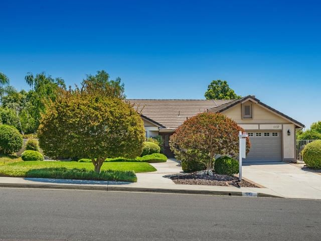 Photo for 1137 Harwich, San Marcos, CA 92069 (MLS # 190039971)