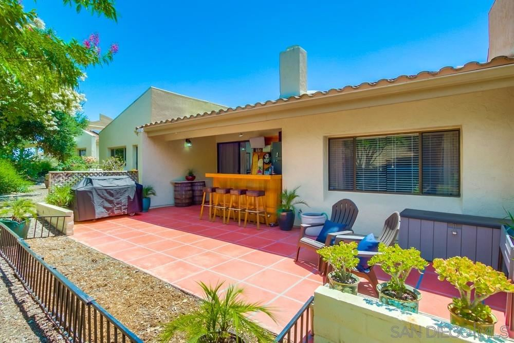 Photo of 17421 Port Marnock, Poway, CA 92064 (MLS # 200028971)