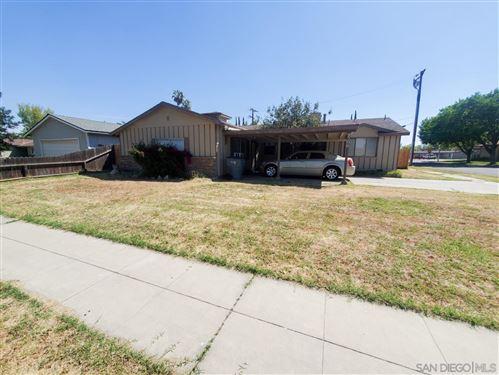 Photo of 4306 N Gearhart Ave, Fresno, CA 93726 (MLS # 210011973)