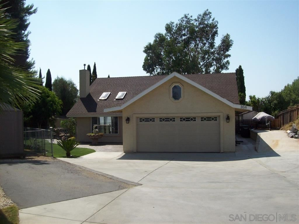 Photo of 168 Hill Drive, Vista, CA 92083 (MLS # 200044975)