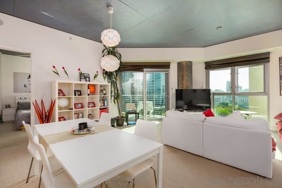 Photo for 801 Ash St #303, San Diego, CA 92101 (MLS # 190034978)