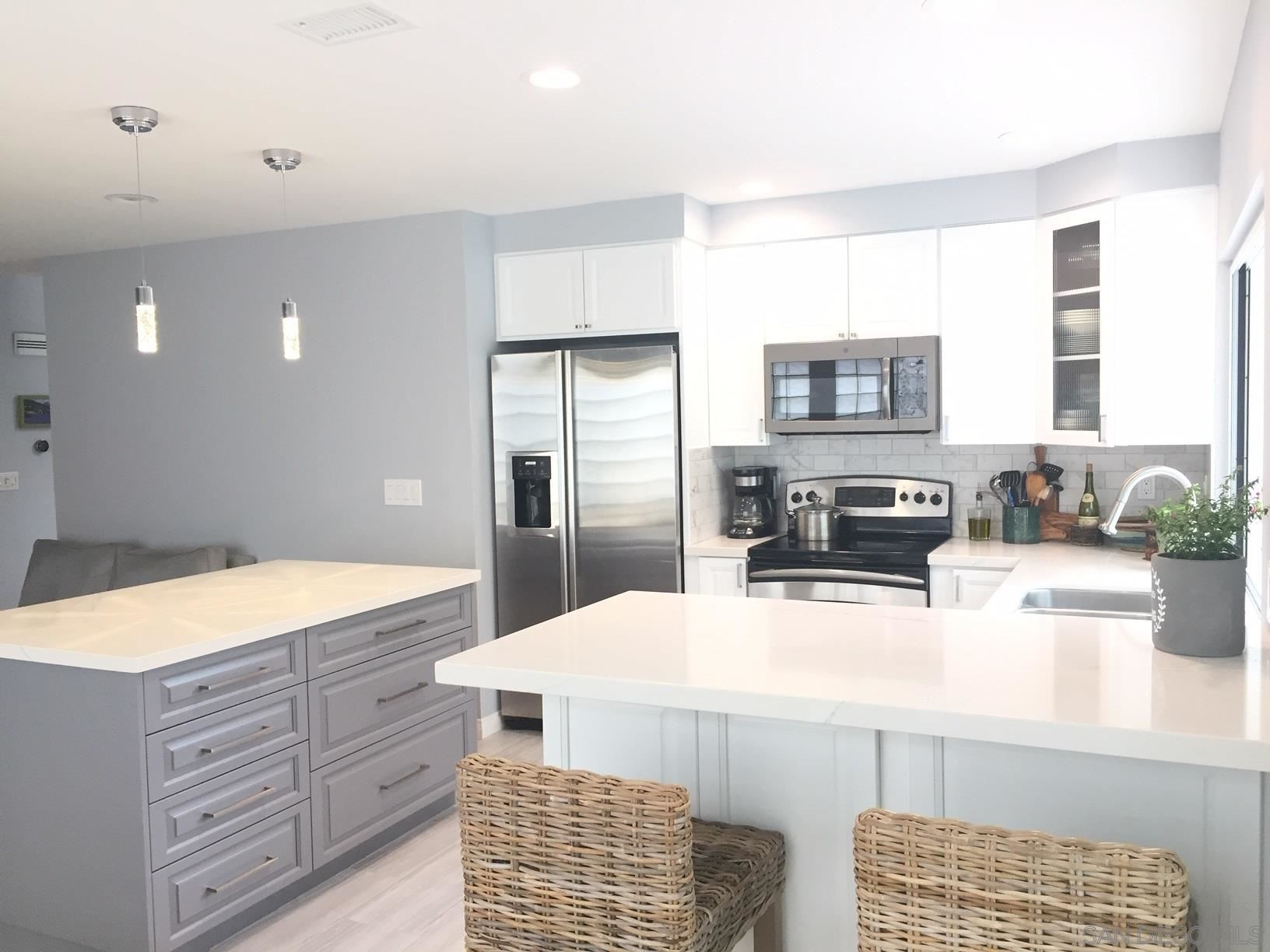 Photo of 13378 MANGO, DEL MAR, CA 92014 (MLS # 210008979)