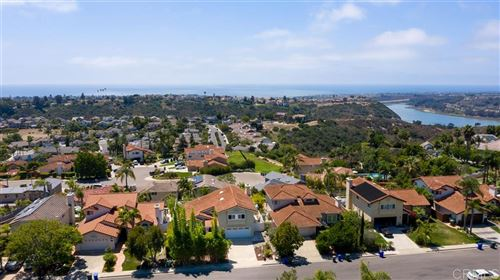 Photo of 1560 Bella Vista Drive, Encinitas, CA 92024 (MLS # 200036982)