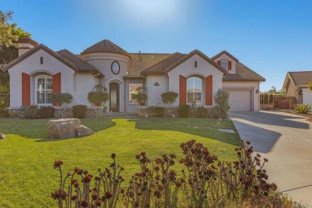 Photo of 2187 Kirkcaldy Road, Fallbrook, CA 92028 (MLS # NDP2111983)