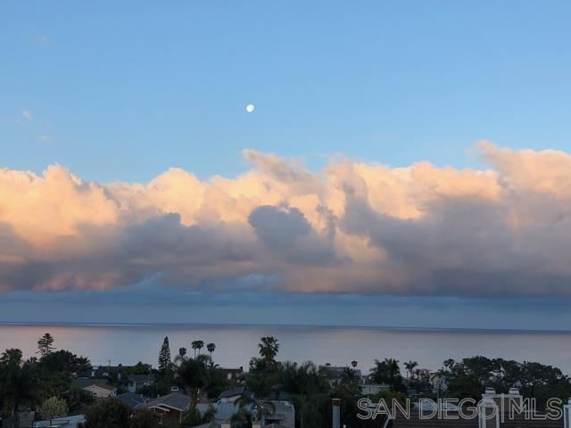 Photo of 2341 Montgomery Avenue, Cardiff By The Sea, CA 92007 (MLS # 210025986)
