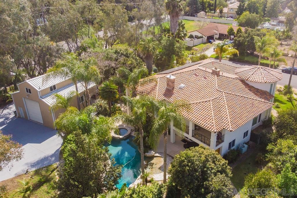 Photo of 1278 Starview Dr, Vista, CA 92084 (MLS # 200014987)