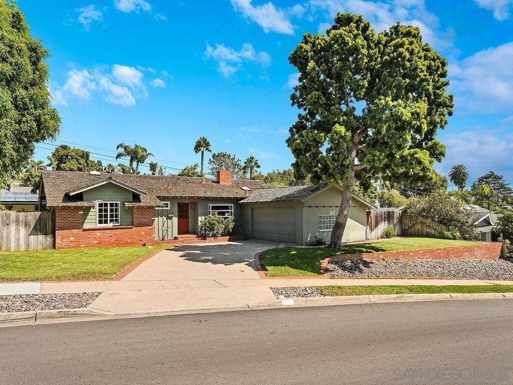 Photo of 3834 Del Mar Ave, San Diego, CA 92106 (MLS # 210025993)