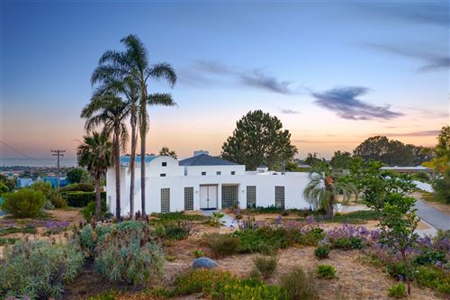 Photo of 731 Avocado Place, Del Mar, CA 92014 (MLS # 200030994)