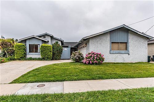 Photo of 5111 Georgetown Ave, San Diego, CA 92110 (MLS # 210016994)