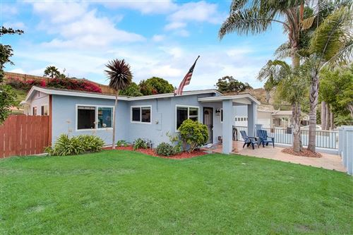 Photo of 3961 Cameo Dr, Oceanside, CA 92056 (MLS # 200044997)