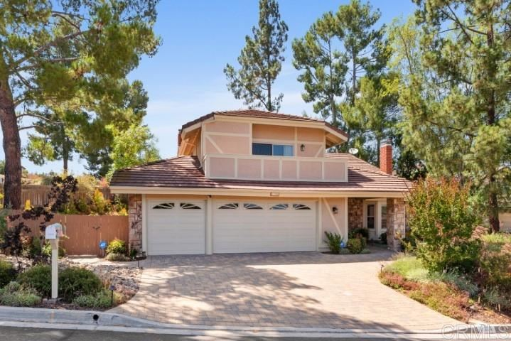 Photo of 17206 Pinot Pl, Poway, CA 92064 (MLS # 200030999)