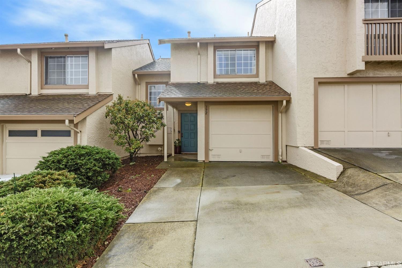 392 Bayview Circle, San Francisco, CA 94124 - #: 421520337