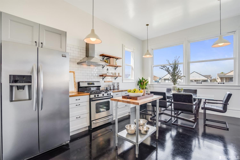 1770 Newcomb Avenue, San Francisco, CA 94124 - #: 421595552
