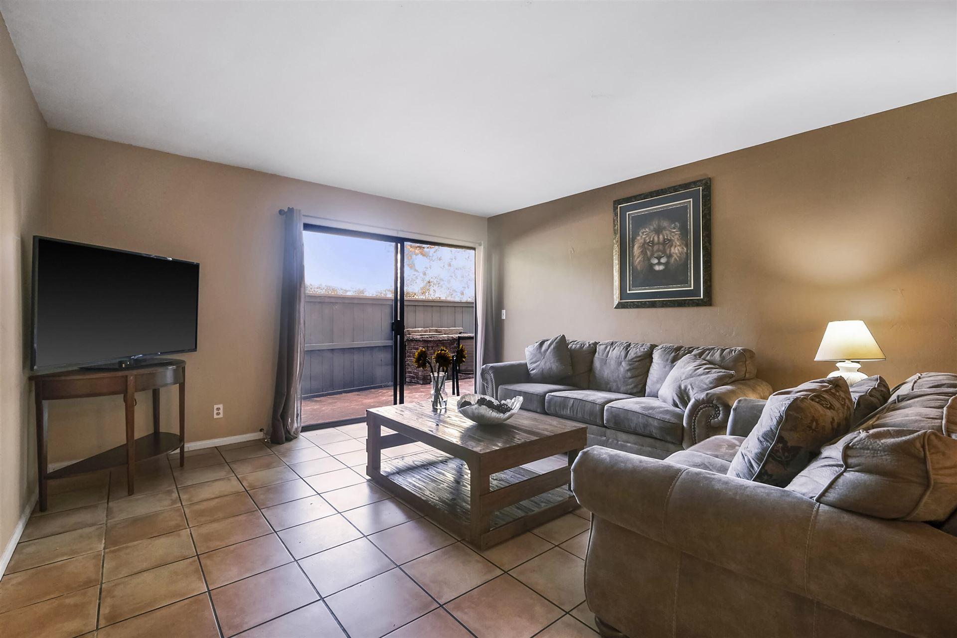 31 Dearborn Pl Apt 27, Goleta, CA 93117 - MLS#: 21-3845