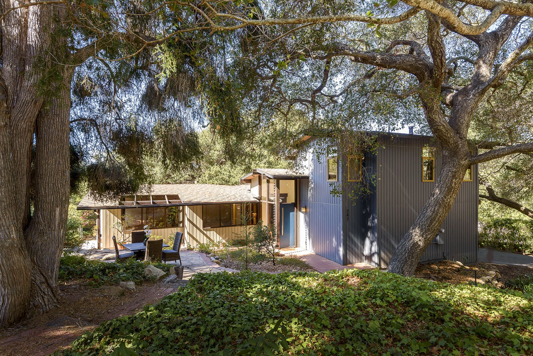 247 Canon Dr, Santa Barbara, CA 93105 - MLS#: 21-3884