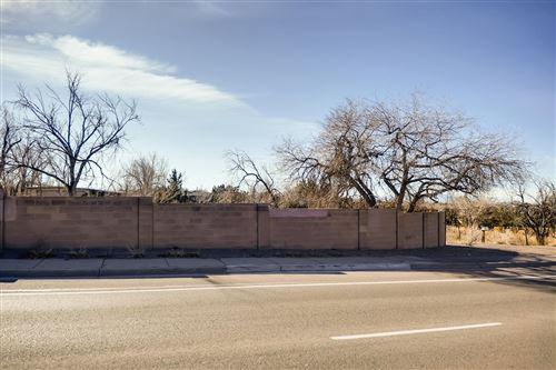 Photo of 3924 Rodeo Road, Santa Fe, NM 87507 (MLS # 202000004)