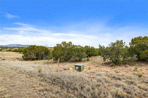 Photo of 40 Calle Ventoso West, Santa Fe, NM 87506 (MLS # 202001007)
