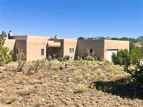 Photo of 32 Estambre Road, Santa Fe, NM 87508 (MLS # 202003011)