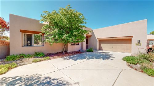 Photo of 72 Canada Del Rancho, Santa Fe, NM 87508-1306 (MLS # 202003017)