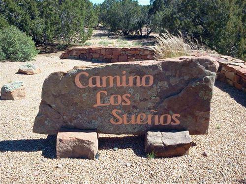 Photo of Lot 17 Camino Los Suenos, Santa Fe, NM 87506 (MLS # 202000051)
